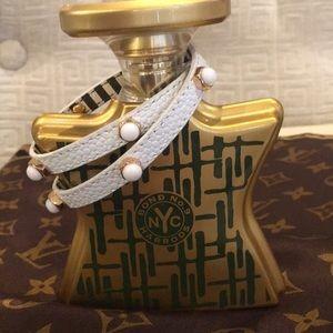 🔥 Henri Bendel Leather Wrap Bracelet - YASSSS!